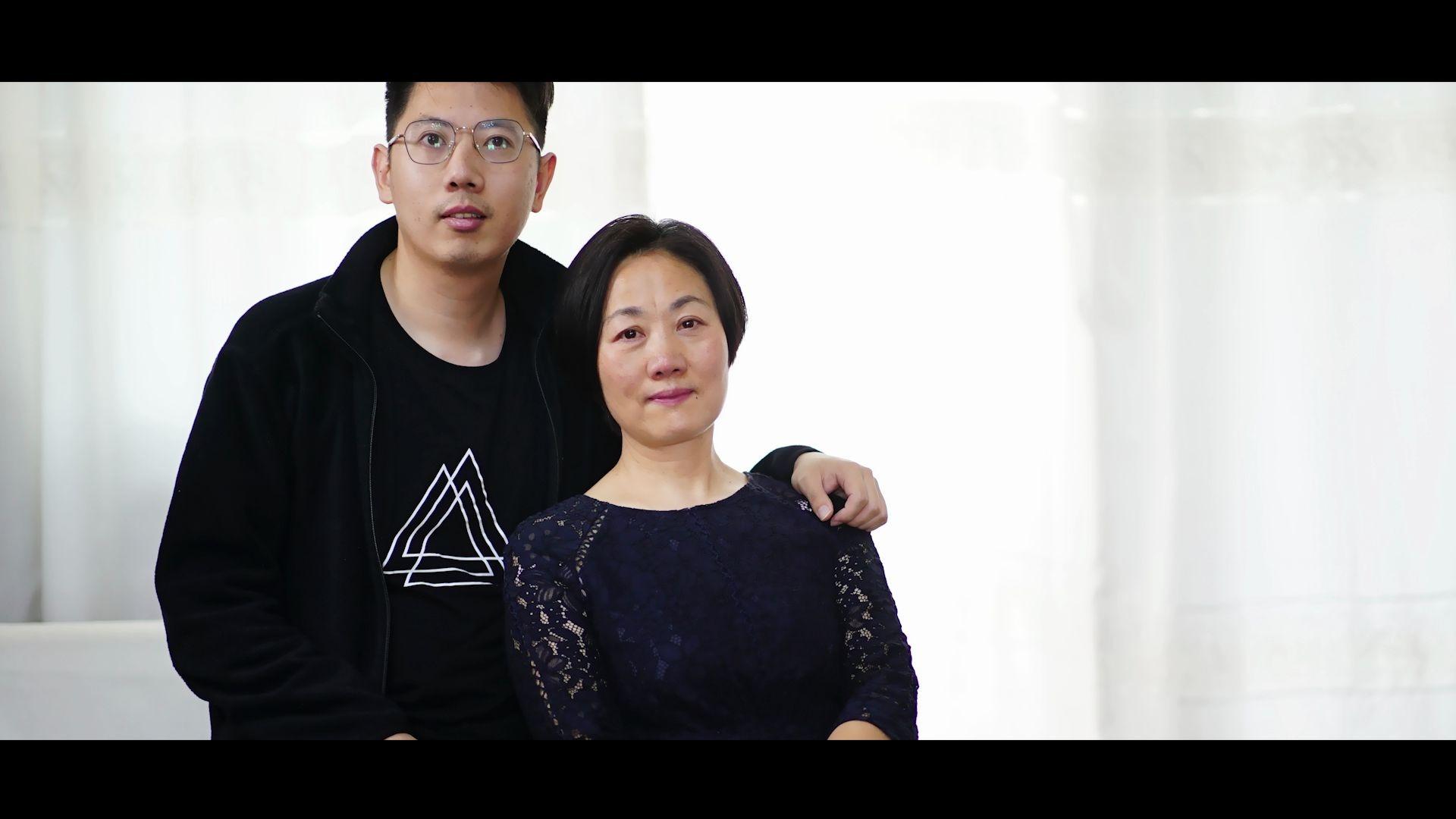 《烛光里的妈妈》  #罗德短片大赛2020#